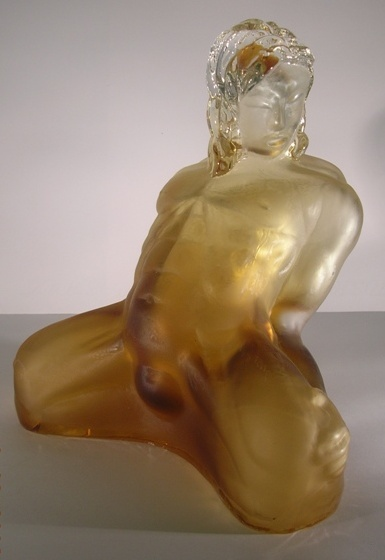 Artwork >> Bust Glass >> Blown glass sculpture