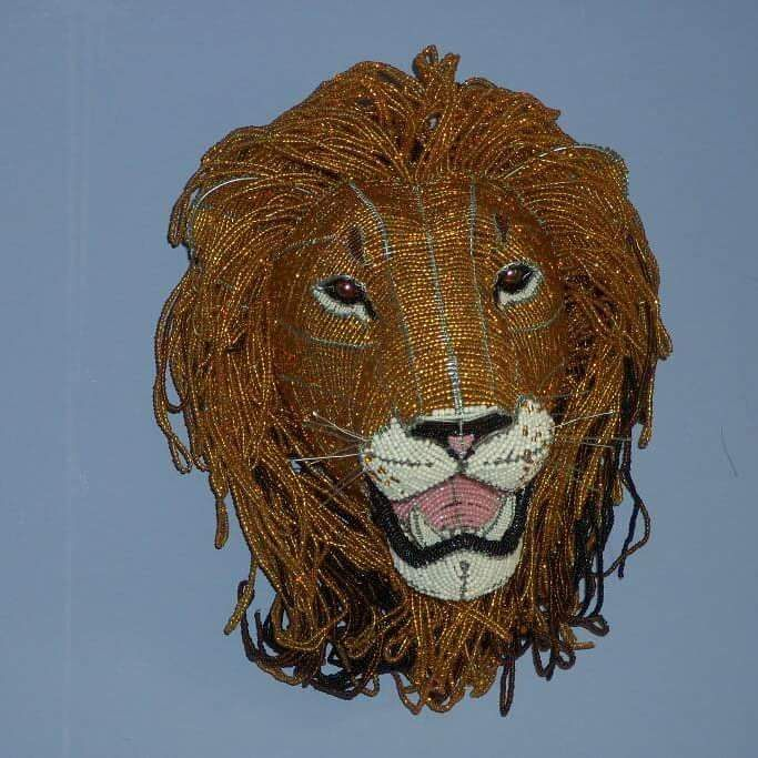 Artwork >> Oscar Nyathi >> LION TROPHY HEAD