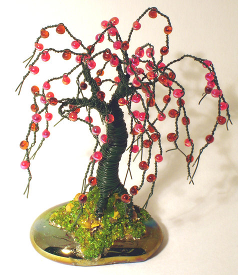 Artwork >> Sal Villano Wire Tree Sculpture >> SMALL APPLE  No.2 - Beaded Wire Tree Sculpture